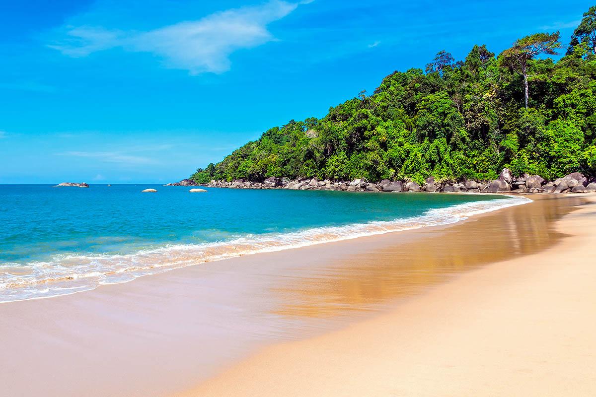 thaimaa khao lak autio hiekkaranta