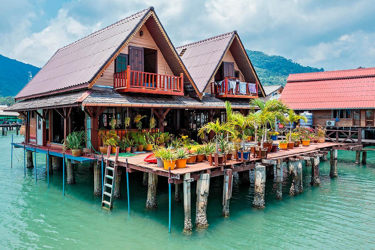 thaimaa koh chang bang bao kylä