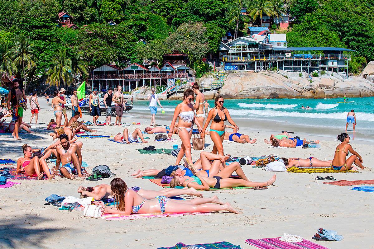 thaimaa phangan haad rin ranta bikinit