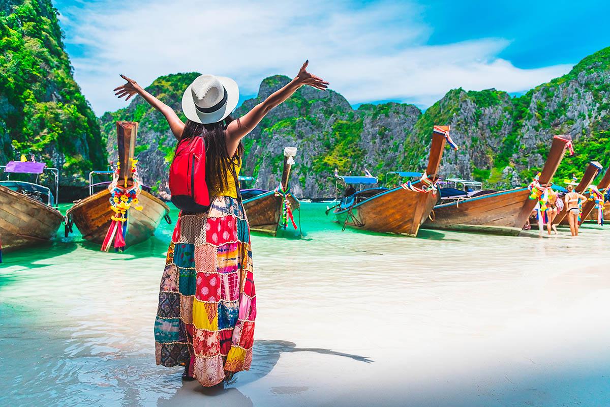 thaimaa phi phi maya beach ranta