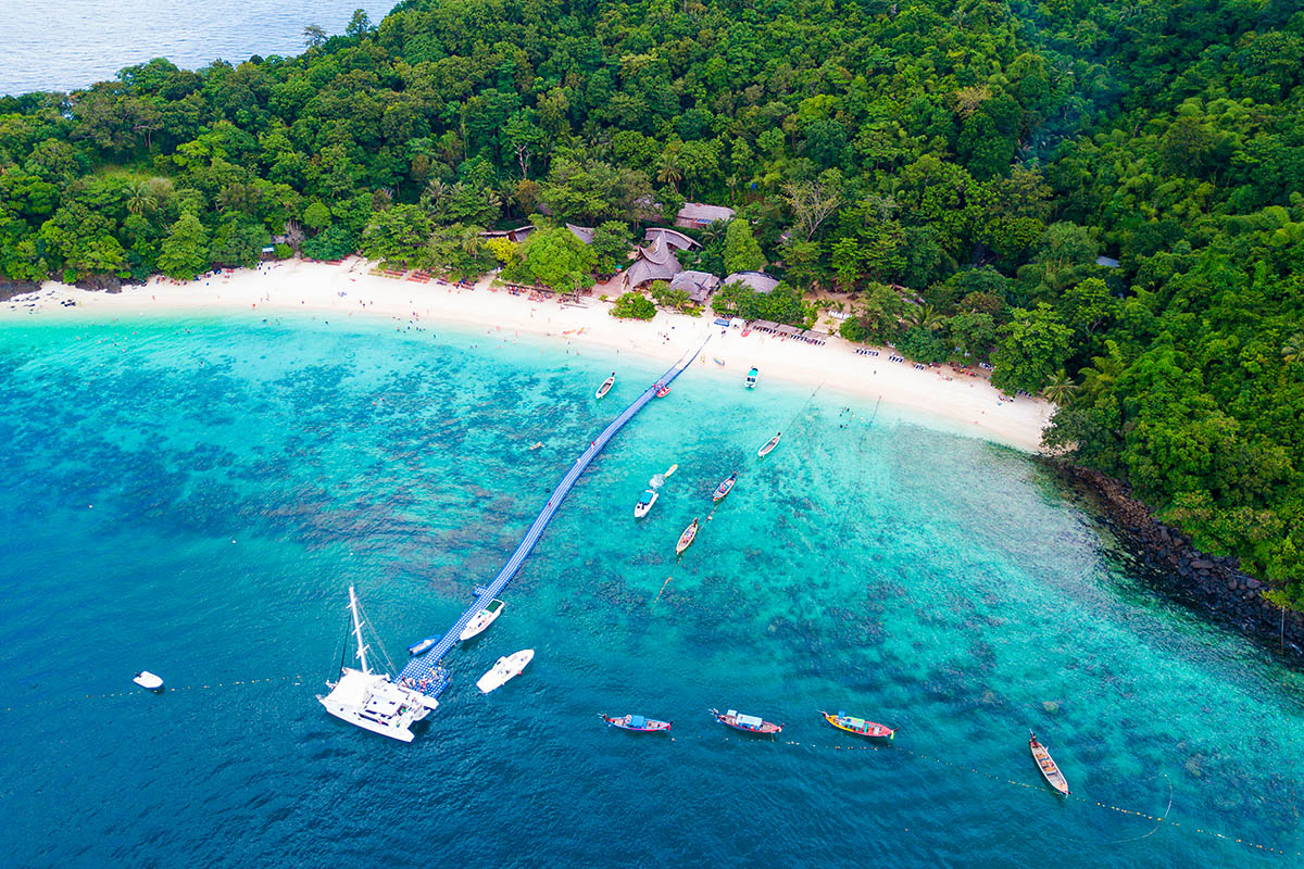 thaimaa phuket coral island
