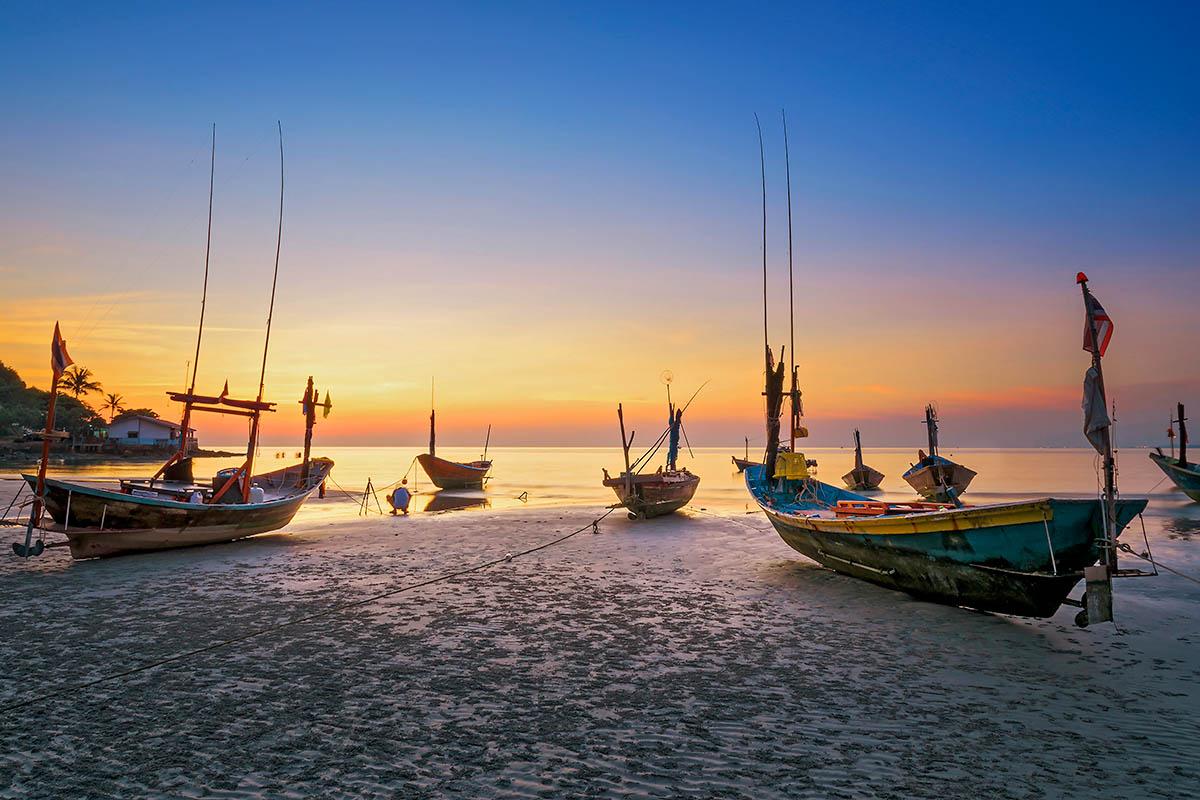 thaimaa rayong auringonlasku