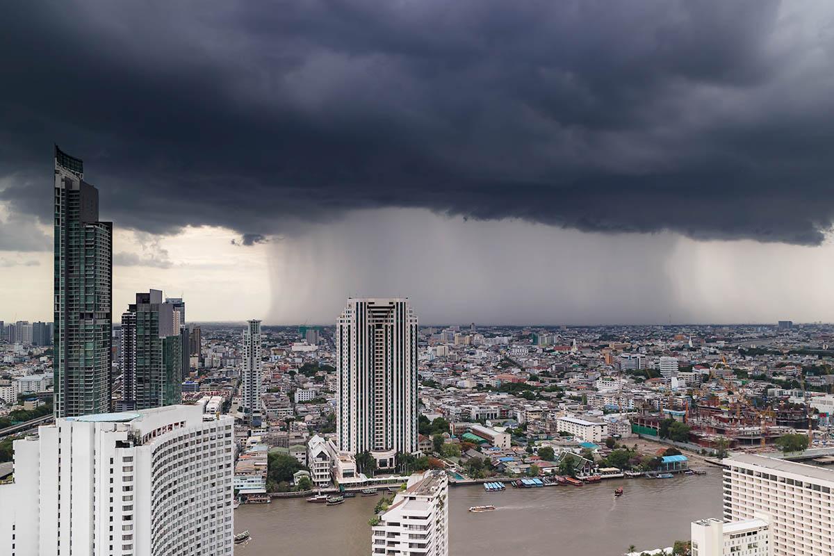 thaimaa sadekausi ukkonen