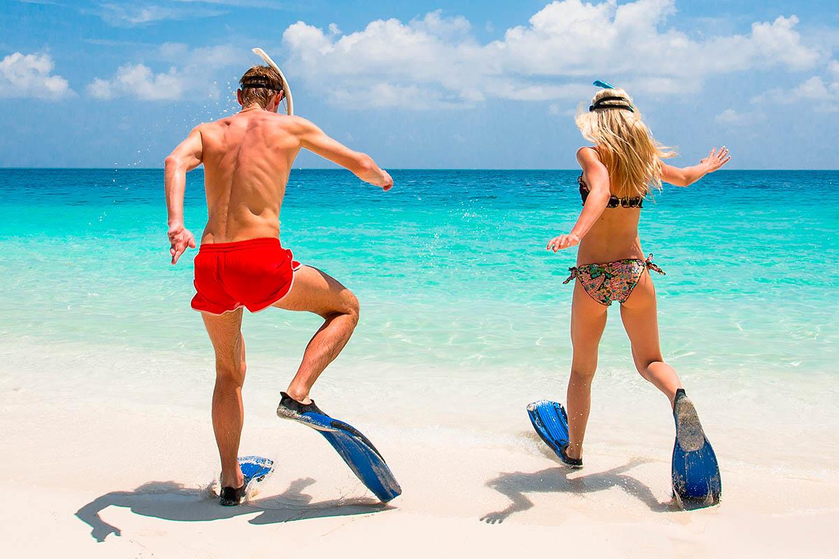thaimaa pariskunta snorklaus